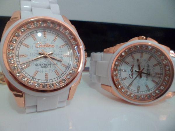 535ea5a353a Relógio Cadina Rosê e Branco com Strass - Importta Shop